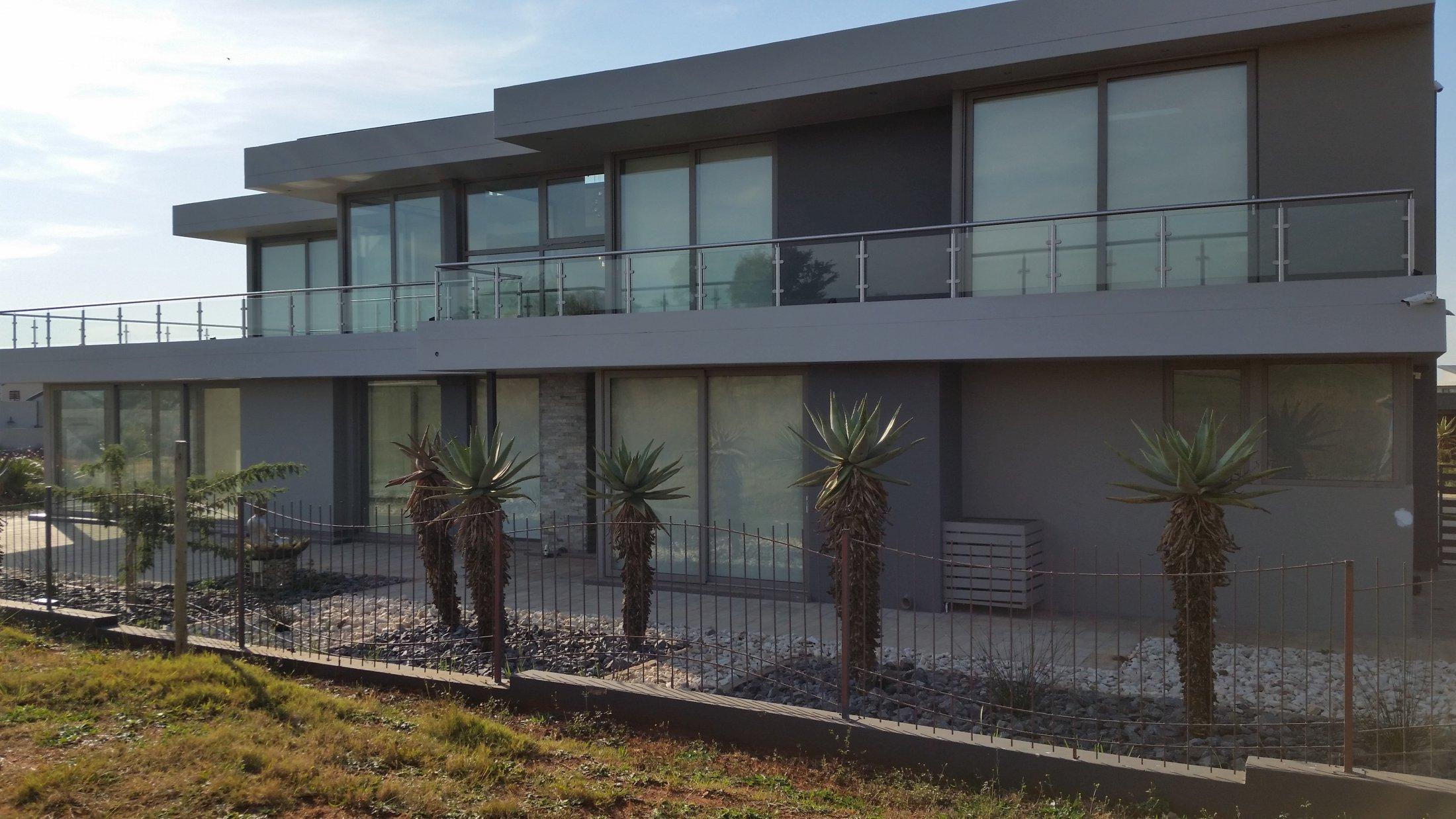 Serengety Estate