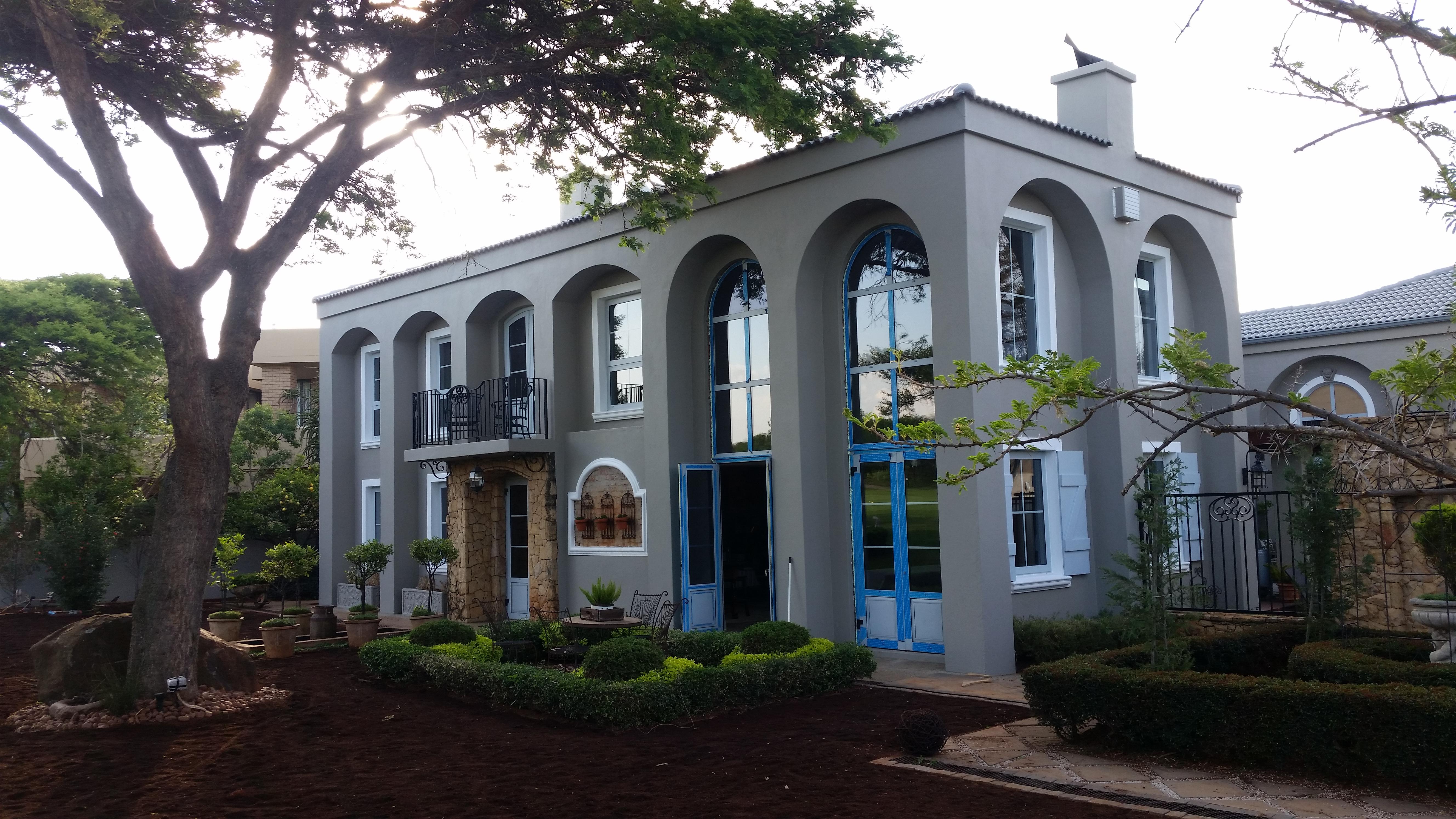 Project in WoodHill Estate